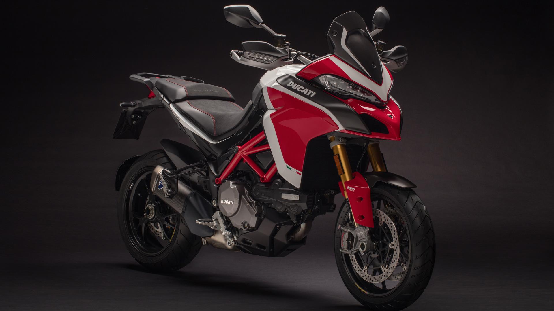 Ducati M821 Black