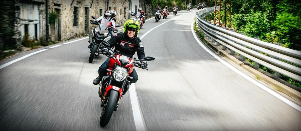 Ducati live experience 2017 au salon moto expo ducati nice for Salon moto nice