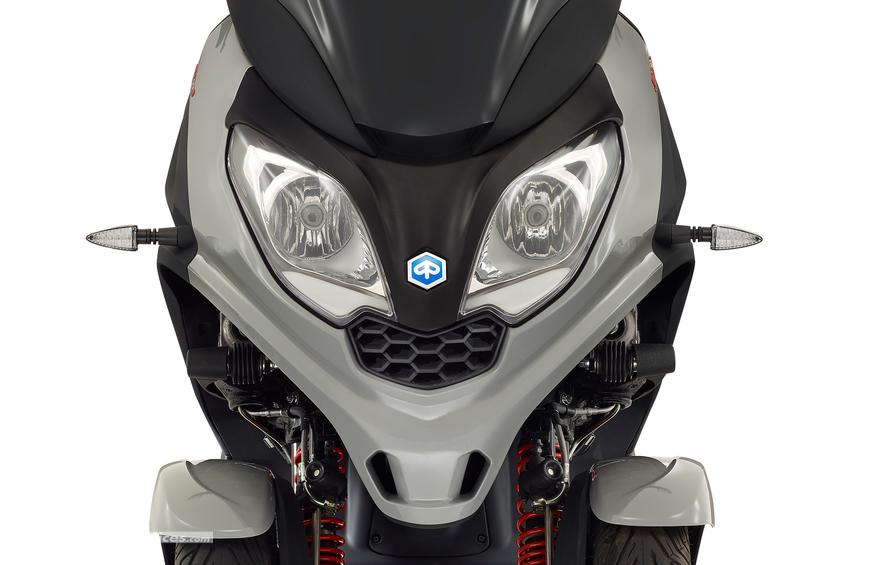 nouveaut piaggio 2019 mp3 300 hpe laurent lachkar motos. Black Bedroom Furniture Sets. Home Design Ideas